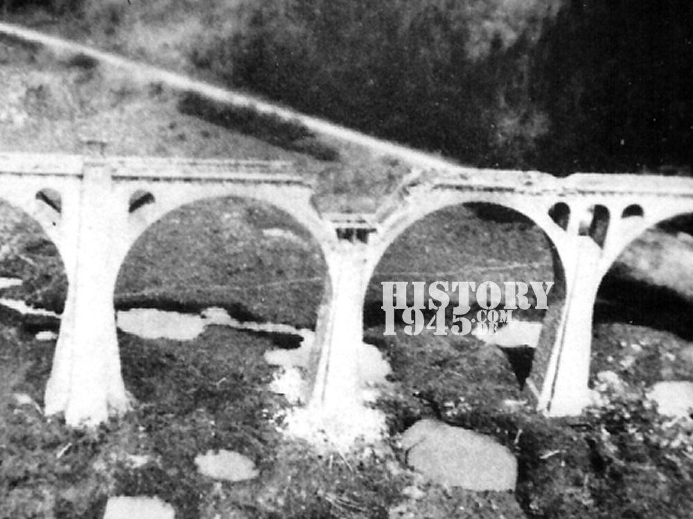 Zerstörte Reiherbachbrücke
